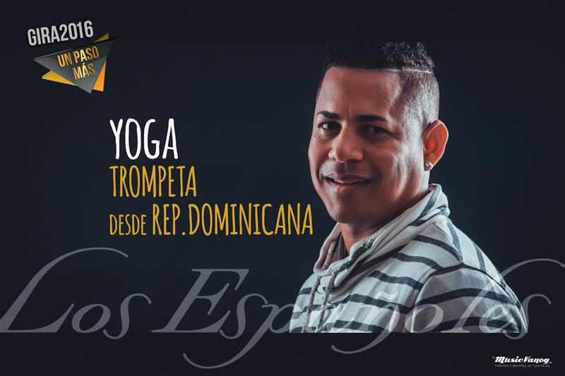 MV-251115_015-yoga